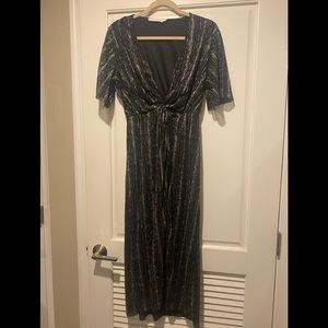 All in Favor Black/Gold V Neck Midi Dress